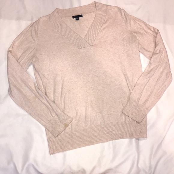 GAP Sweaters - Gap V-Neck Long Sleeve Sweater L